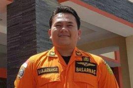 Basarnas Jabar siagakan tim di lokasi banjir Tasikmalaya