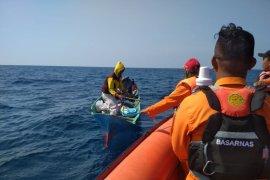 Tim sar cari longboat mati mesin di laut Malra
