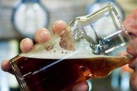 Polisi amankan 40 botol minuman alkohol buatan lokal