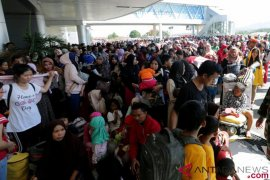 BNPB: Pengungsi gempa-tsunami Sulteng capai 61.867 orang