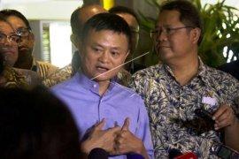Jack Ma: bantu bisnis kecil dengan akses internet