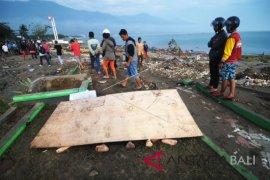 Pospera Bali bantu tenda pengungsian ke Palu