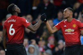 Manchester United atasi Everton 2-1