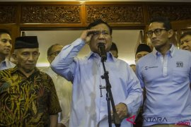 Fahri Hamzah: Kasus Ratna untungkan Prabowo