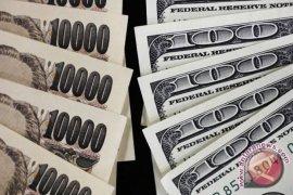Dolar AS jatuh ke terendah dua minggu terhadap yen saat pertemuan Fed