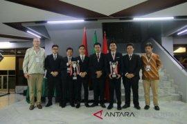UI juara II nasional kompetisi Hukum Humaniter