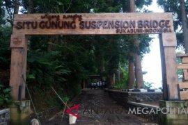 Wow, jembatan gantung terpanjang se-Asia jadi ikon Sukabumi