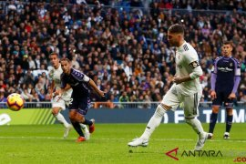 Debut manis Santiago Solari di Madrid berlanjut