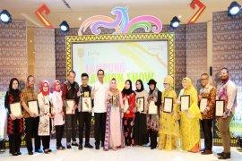 Yustin Ficardo Mengpresiasi Kreativitas Desainer Lampung Fashion Show 2018