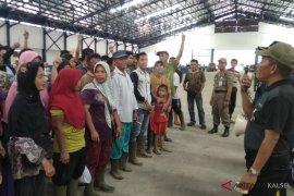 Pedagang ikan yang direlokasi ke pasar Agrobisnis Barabai sempat protes