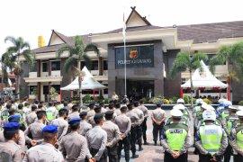 Ratusan polisi Karawang disebar amankan Pilkades serentak