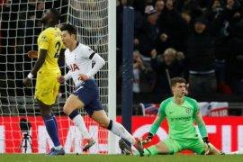 Tottenham paksa Chelsea derita kekalahan pertama
