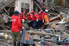 Basarnas evakuasi delapan jenazah di Petobo