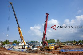 Proyek kereta cepat Jakarta-Bandung masih terkendala lahan