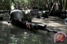 Anggota TNI tertembak saat kontak tembak dengan KKSB