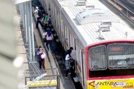 Alami patah rel, kini KRL jalur Bojonggede-Citayam kembali normal