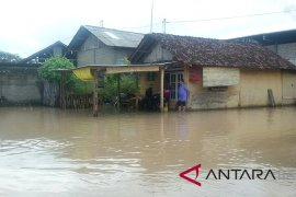 Banjir desa pesisir Jembrana belum surut