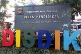 Disdik Kota Bandung perpanjang masa belajar di rumah