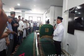 Wali Kota Depok ikut shalatkan korban Lion Air (video)