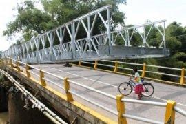 Jembatan darurat di Wai Kaka diharapkan hilangkan pungli lintas pulau Seram