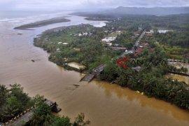 B2PJN mulai rakit jembatan bailey untuk jembatan Tasikmalaya