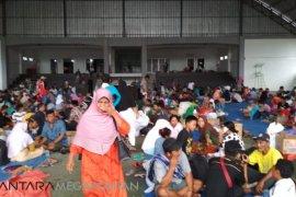 Korban tsunami Lampung, Bertahun baru dengan Ronda