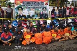 Puluhan geng motor Sukabumi ditangkap