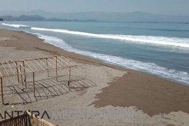 Masyarakat diminta waspadai gelombang tinggi laut Sukabumi