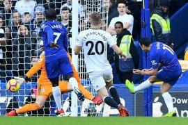 Bekuk Fulham, Sarri puji penampilan Kante