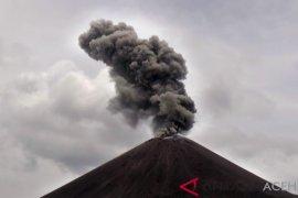 Gunung api Soputan-Karangetan di Sulut berstatus Siaga