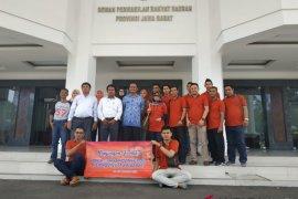 Sekretariat DPRD-Jurnalis Jambi kunjungi DPRD Jabar