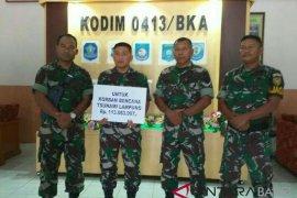 Korem 045 Garuda Jaya kumpulkan Rp113 juta bantu korban tsunami