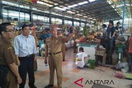 Pemkab HST studi pengelolaan pasar tradisional modern ke Tangsel