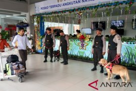 "Bandara Ngurah Rai terima 765 ""extra flight"""