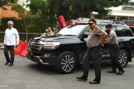 Staf Kepresidenan Ngabalin Tinjau Jalan Ambles Surabaya (Video)