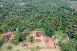 Dua logam ditemukan di komplek Percandian Muarajambi