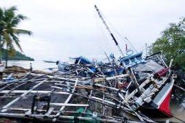 Tujuh orang meninggal akibat terjangan gelombang laut di Lampung