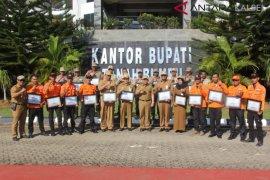 Pemda dan APKASI Beri Penghargaan Relawan Bencana Palu.