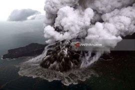 Anak Krakatau Kembali Meletus