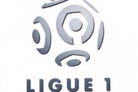 Bola, Semua laga Ligue 1 dimainkan tanpa penonton sampai 15 April