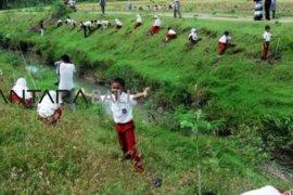 3.871 sekolah sudah berpredikat peduli lingkungan