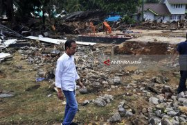 President Visits Banten to Observe Areas Affected By Tsunami