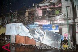 Ratusan rumah di Kota Bogor rusak akibat puting beliung