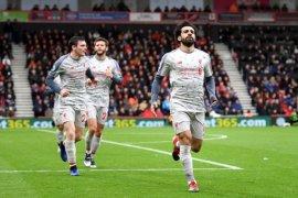 Berbatov: Mohamed Salah belum setara dengan Messi