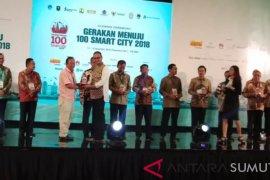 Pemkab Deliserdang terima penghargaan Gerakan 100 Smart City
