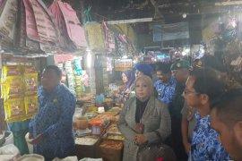 Jelang Natal harga kebutuhan pokok di Pasar Sibolga Nauli normal