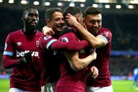 West Ham tekuk Southampton 2-1