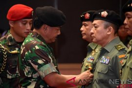 Brigjen TNI Sisriadi resmi jabat kepala Pusat Penerangan TNI