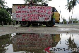 Buruh bongkar terminal mobil barang Aceh Besar kembali bekerja