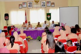 DWP Sanggau arisan sekaligus penyuluhan bahaya narkoba